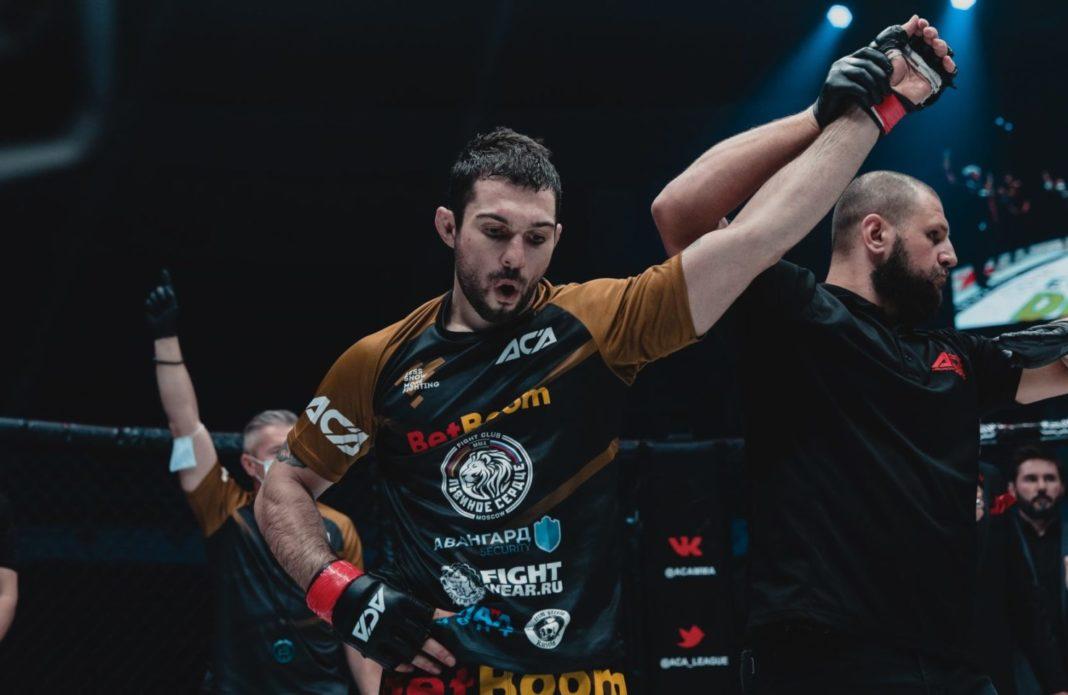 Эдуард Вартанян вызвался провести пятираундовый бой с Хамзатом Чимаевым в UFC