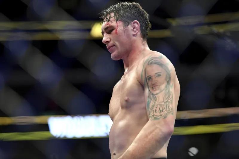 Даррен Тилл выбыл из декабрьского турнира UFC из-за травы, Джек Херманссон получил нового соперника