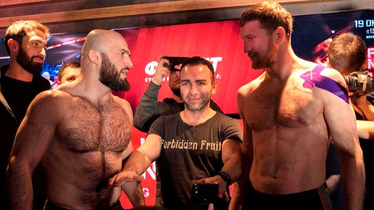 Потасовка Исмаилова и Минеева на турнире AMC Fight Nights закончилась массовой дракой