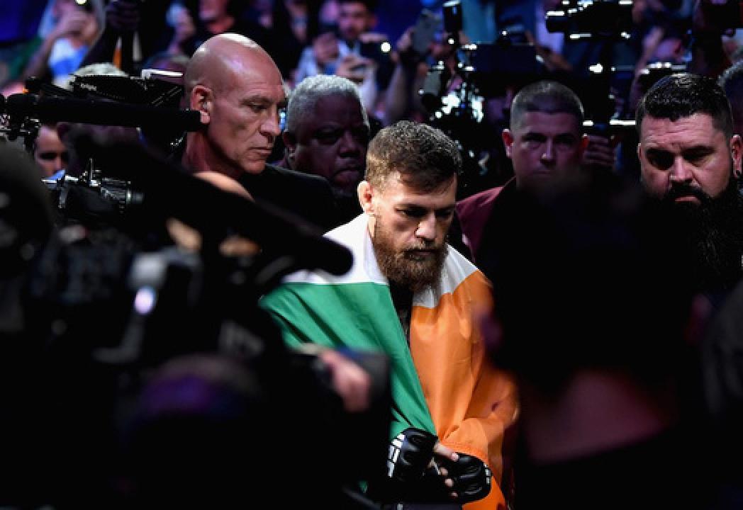Конор Макгрегор объяснил, почему все еще считает себя чемпионом UFC в легком весе