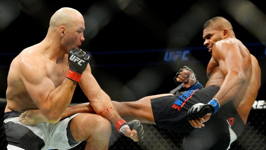 Джуниор Дос Сантос и Алистар Оверим уволены из UFC