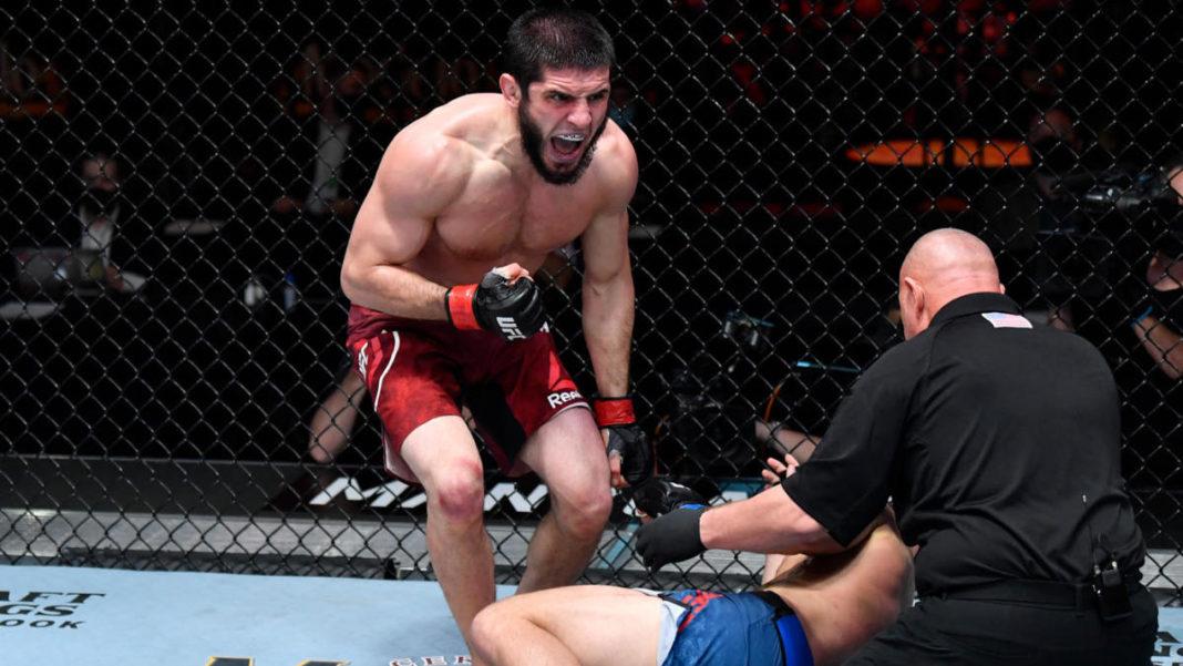 Ислам Махачев подерется с Тиаго Мойзесом на турнире UFC 17 июля
