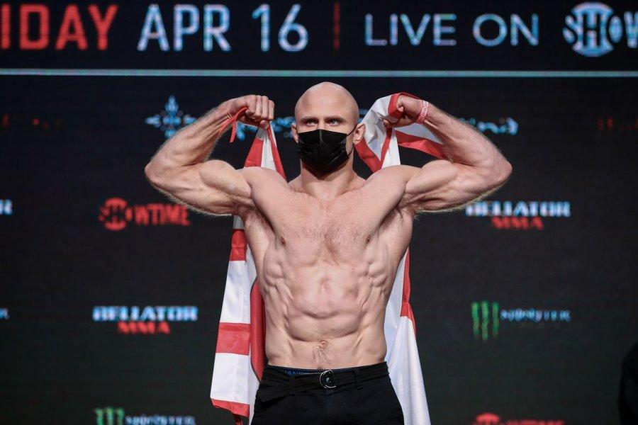 Джулиус Англикас ожидает досрочную победу над Вадимом Немковым на Bellator 268