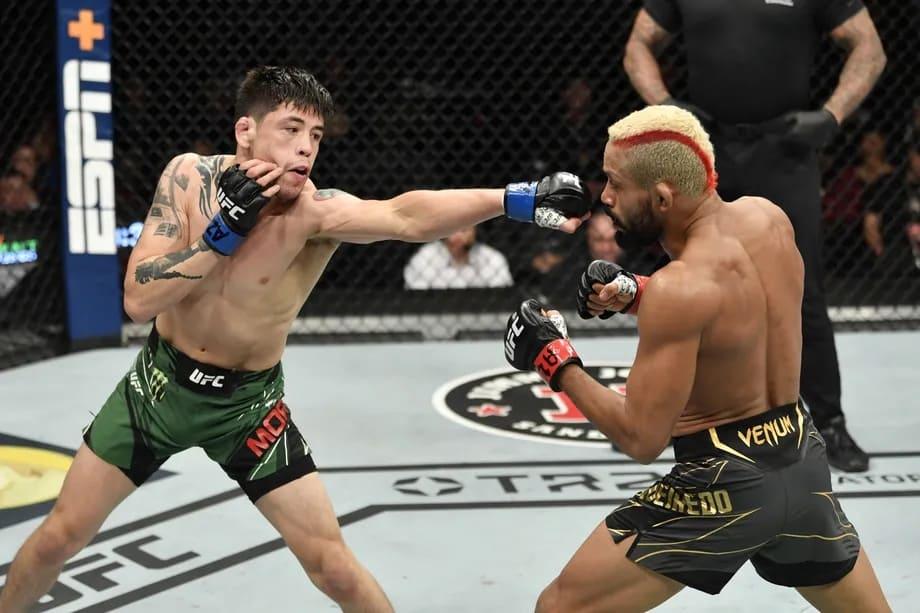 Бой Брэндон Морено - Дейвесон Фигередо 3 перенесен на UFC 270